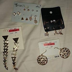 Nwt! Earrings bundle